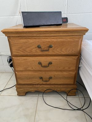 Night Stand for Sale in Honolulu, HI