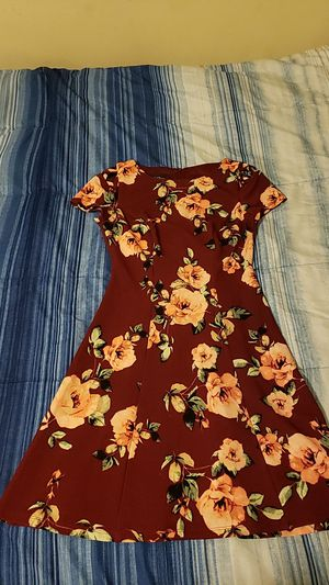 Short-sleeved fit & flare dress for Sale in North Miami Beach, FL