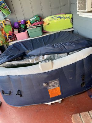 Inflatable portable hot tub spa Jacuzzi for Sale in Santa Ana, CA
