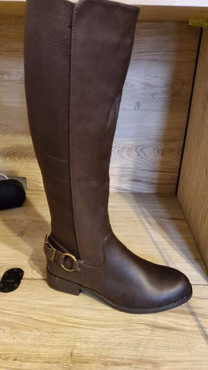 Women's boots 👢 for Sale in Chicago, IL