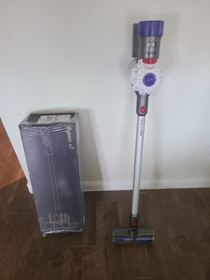 Brand New Dyson V7 Allergy HEPA cordless vacuum cleaner for Sale in Fort Worth, TX