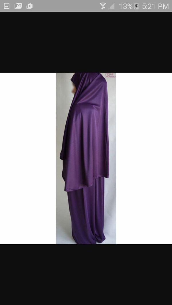 There Abaya Muslim prayers