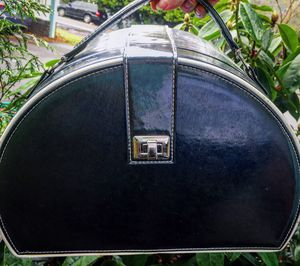 Beautiful large makeup toiletry train case for Sale in Portland, OR