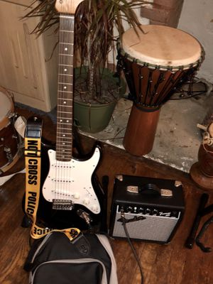 Fender Strat starter kit, everything you need to play today! for Sale in Pittsburgh, PA