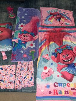 Trolls Toddler Bedroom Set! for Sale in San Diego,  CA