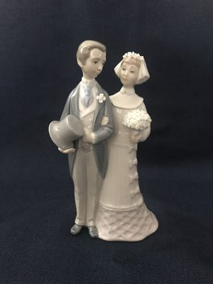 "Lladro ""Wedding"" Figurine/Cake Topper for Sale in Etiwanda, CA"