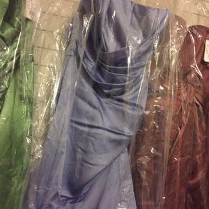 Dresses new reg 140.00 for Sale in Hialeah, FL