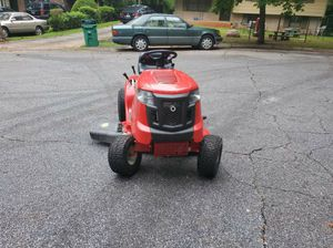 Toro 17.5hp lawn tractor for Sale in Decatur, GA