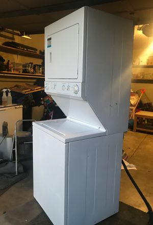 Frigidaire washer and dryer for Sale in Aurora, CO