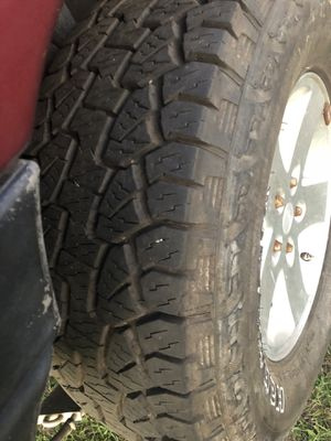 Jeep wheels and tires for Sale in Lake Wales, FL