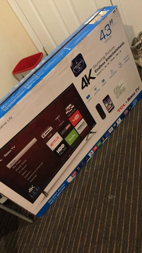 TCL 43-inch 4K Ultra HD HDR Roku Smart TV - 43S425