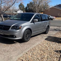 Dodge Gran Caravan for Sale in Denver,  CO