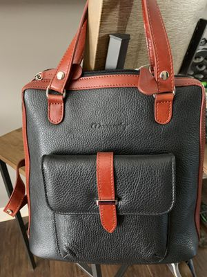 Monarchy woman's bag- leather for Sale in Atlanta, GA