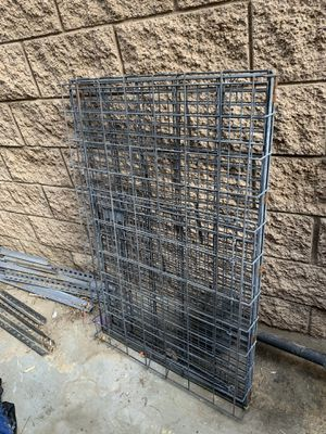 Large dog crate. Used for Sale in Riverside, CA