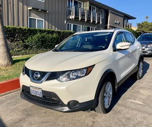 2017 Nissan Rogue sport SV - low mileage, clean title for Sale in San Diego, CA