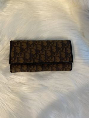 Large Dior wallet for Sale in West Richland, WA