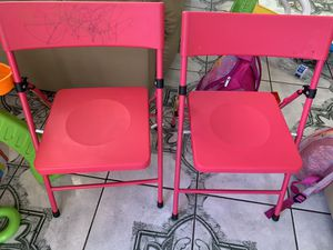 Kids chair for Sale in San Bernardino, CA