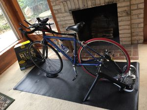Road bike, trainer, and mat for Sale in Vienna, VA