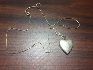 Locket for Sale in Yuma, AZ