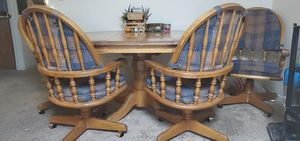 Dining table and chairs for Sale in Rohnert Park, CA