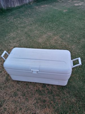 Cooler for Sale in Dinuba, CA