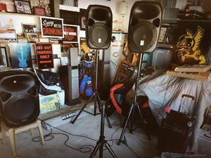 """DJ Equipment Rockville Speakers and amplifiers Sony speakers Pyle 10"""" portable speaker VHF wireless microphone for Sale in Port St. Lucie, FL"""
