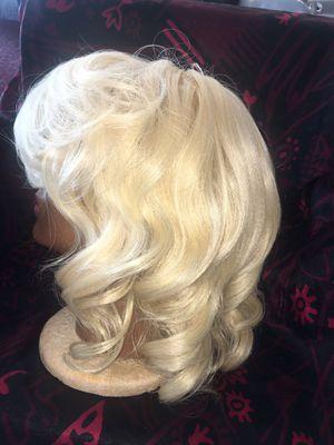 Blonde Wig for Sale in Wichita, KS