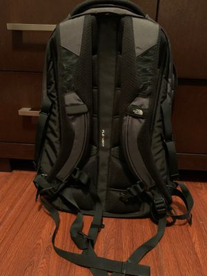 North face Backpack ( Black ) for Sale in Rancho Cucamonga, CA