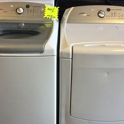 Whirlpool washer and dryer set (large capacity ) for Sale in Greenville, SC