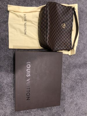 Excellent condition. Original LV handbag with sister bag and the box. With original receipt. for Sale in Sugar Land, TX