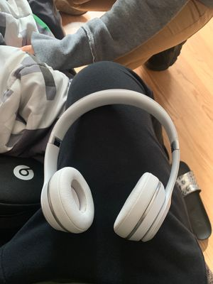 Bluetooth Beat Solo 3 for Sale in Baldwin, NY