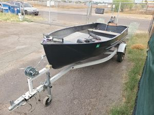 12' Aluminum Boat for Sale in Phoenix, AZ
