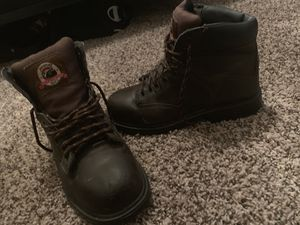 Steel toe work boots men size 7.5 for Sale in Fresno, CA