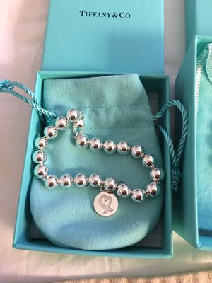 Tiffany & Co Paloma Picasso Open Hearts Bracelet new box and pouch included for Sale in Queens, NY