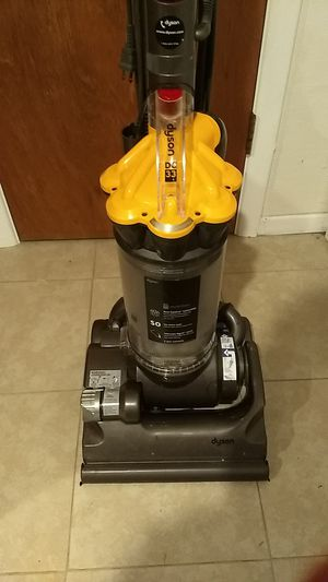 Dyson DC33 vacuum for Sale in Littleton, CO