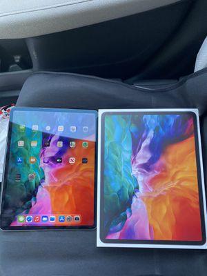 iPad Pro 12.9 inch 256GB 4th Gen Wifi + Cellular unlocked for Sale in Fresno, CA
