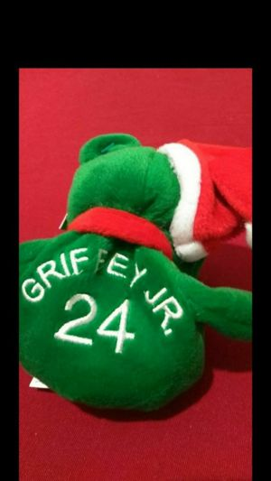 Mint Condition 1998 Salvinos Bamm Beanos Christmas Bears Ken Griffey Jr. #24 With Santa Hat for Sale in Portland, OR