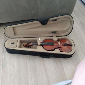 Violin With Case (Bow Not Included) 1/4 for Sale in Scottsdale, AZ