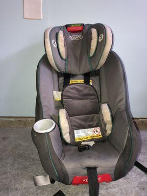 Toddler recliner car seat Graco for Sale in Renton, WA