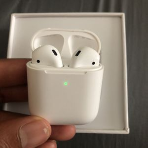 AirPod 2nd generation for Sale in Douglasville, GA