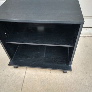 """Rolling Printer/Microwave Cart. 23.5"""" Wide. 21"""" Tall. 14.5"""" Deep. for Sale in Chino Hills, CA"""