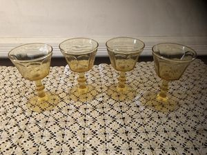 Set of 4 Vintage Wine Stemware for Sale in Centreville, VA
