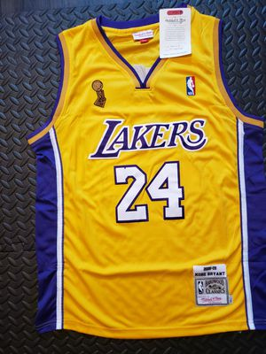 Kobe Bryant - 2008 Los Angeles Lakers Jersey XL for Sale in Hoffman Estates, IL