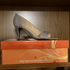 Brand New Size 9 Silver Heels for Sale in Waterbury, CT