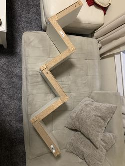 Wall mountable shelves for Sale in Jersey City,  NJ
