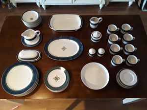 """PFALTZGRAFF """"Amalfi Classic"""" Complete Dinnerware (52) Piece Set (Service For 8) Like Brand New for Sale in Las Vegas, NV"""