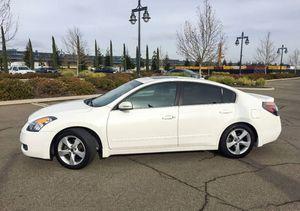 2007 nissan altima Leather Power Seats for Sale in Denver, CO