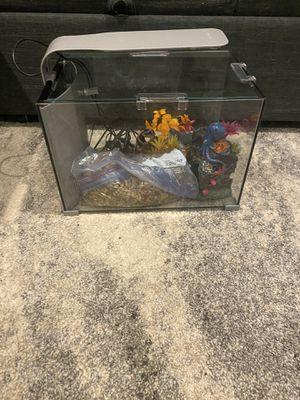 Fish Tank (5 gallon) for Sale in Escondido, CA