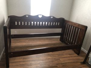 Day bed with book shelf for Sale in Port Charlotte, FL