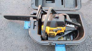 "POULAN 260 - 42CC - 16"" gas chainsaw w/case for Sale in Rockaway, NJ"